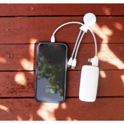 Mr Bio, le câble de charge multi-connecteurs Octopus Metallic de Xoopar, biodégradable et recyclable.